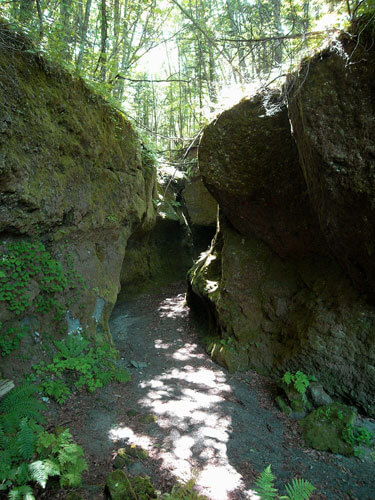 苔の洞門 (観覧台)