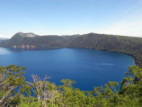 晴れの日の「摩周湖」