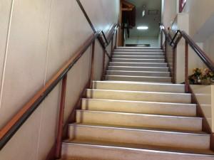2階に上がります